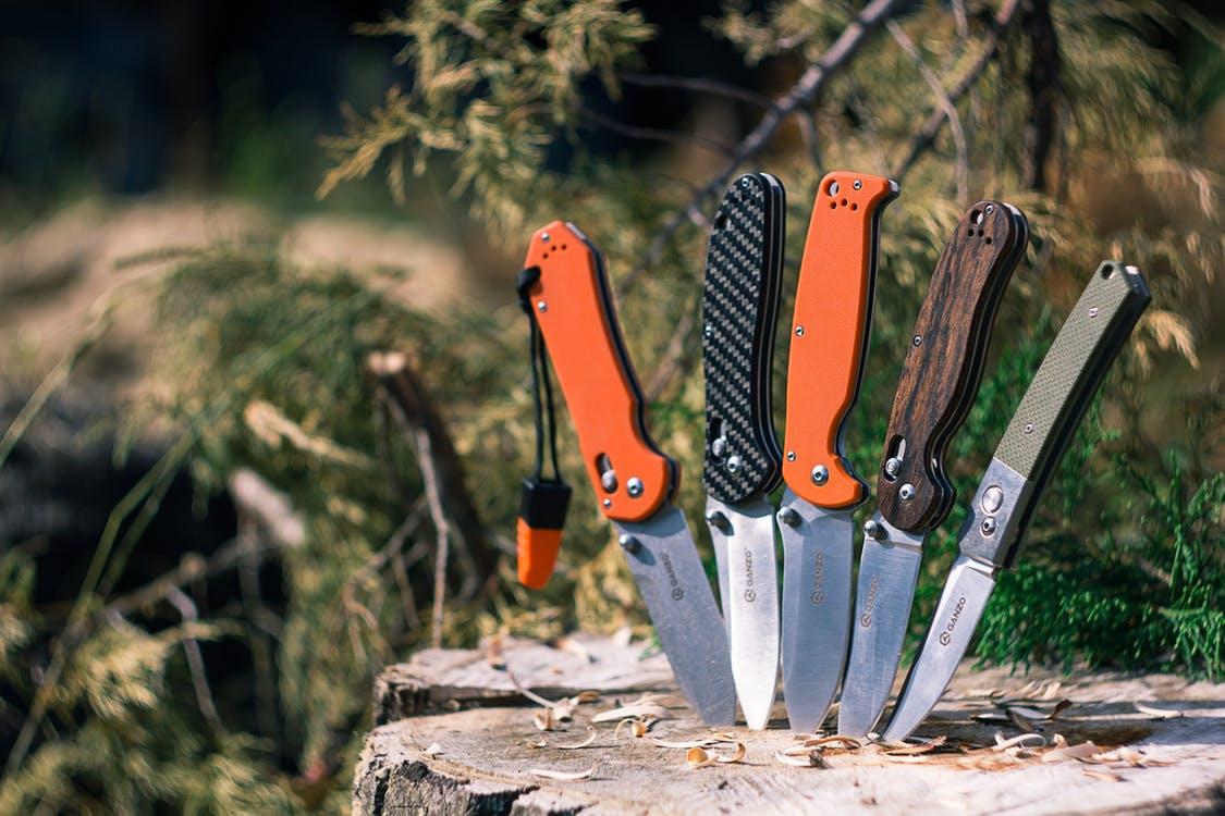 camping-various-knives